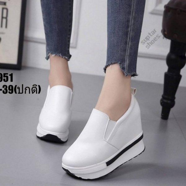 รองเท้าเสริมส้นแบบสวม