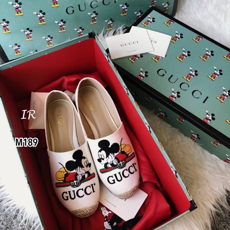 รองเท้าผ้าใบแบบสวมmickey