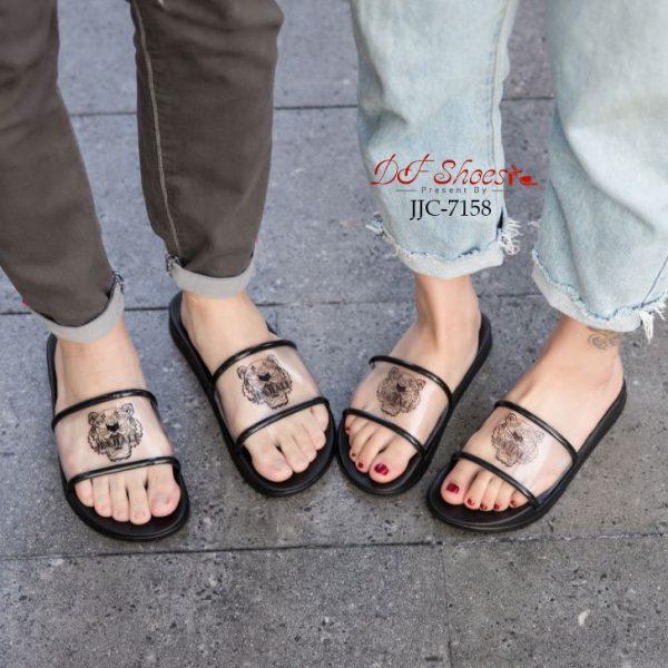 รองเท้าแตะแบบสวม
