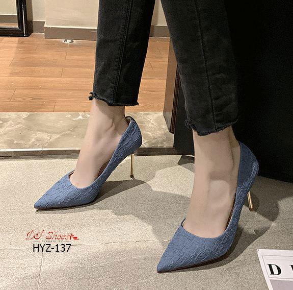 รองเท้าคัทชูผู้หญิง