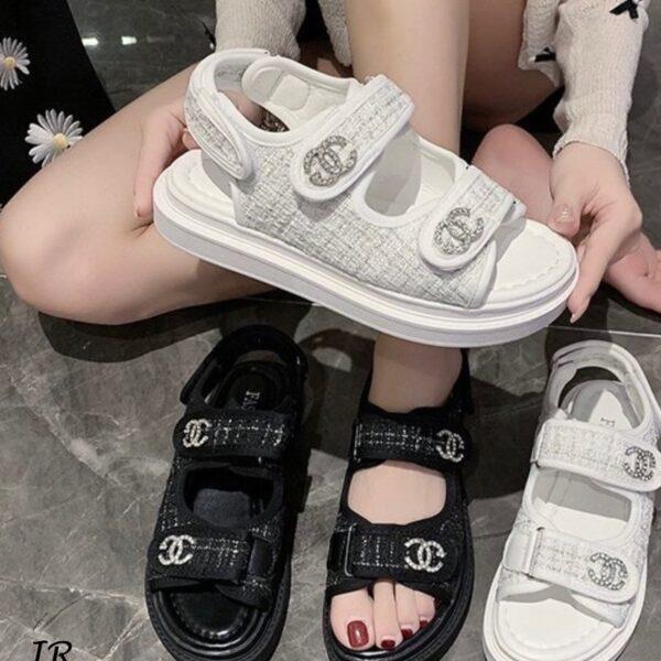 รองเท้ารัดส้น ทรงสวย